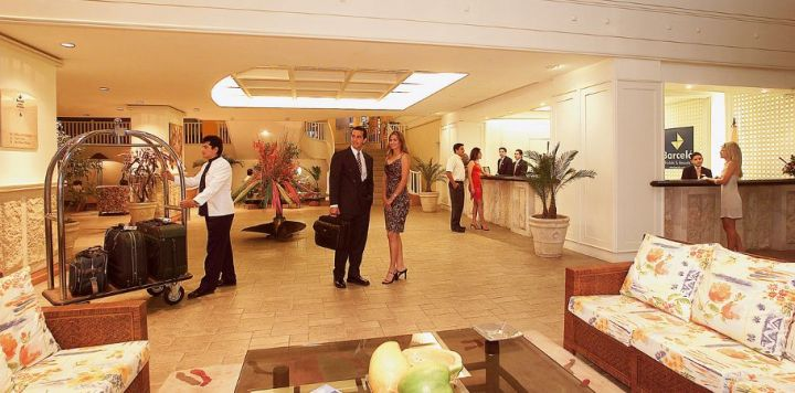 reception-lobby-hotel-barcelo-colon-miramar37-8185